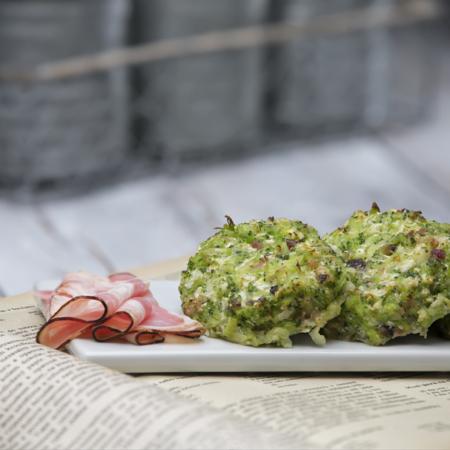 brokolicovo-květáková placka se slaninou
