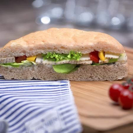 Plněný chlebík s nivou