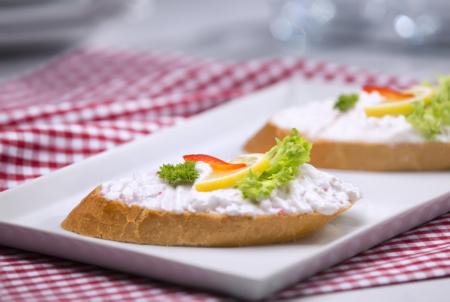 Chlebíček a la krab
